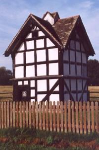 Luntley Court 15th-16th century dovecote
